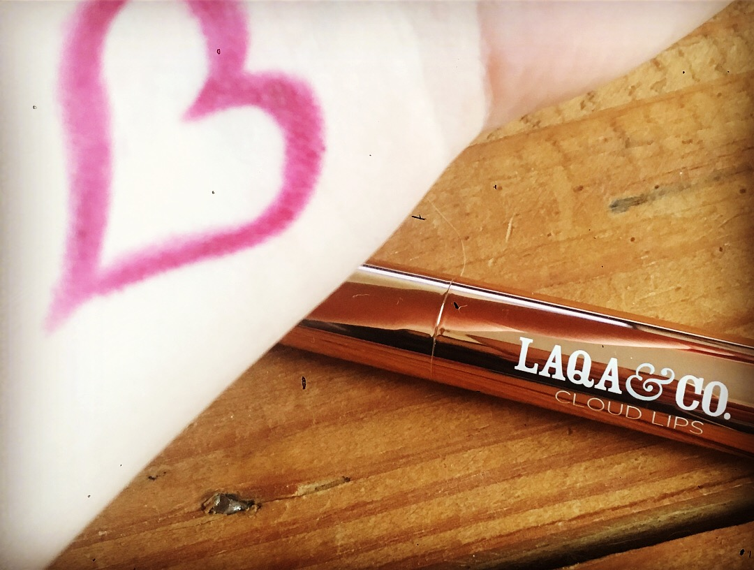 swatch-cloudlips-laqa&co