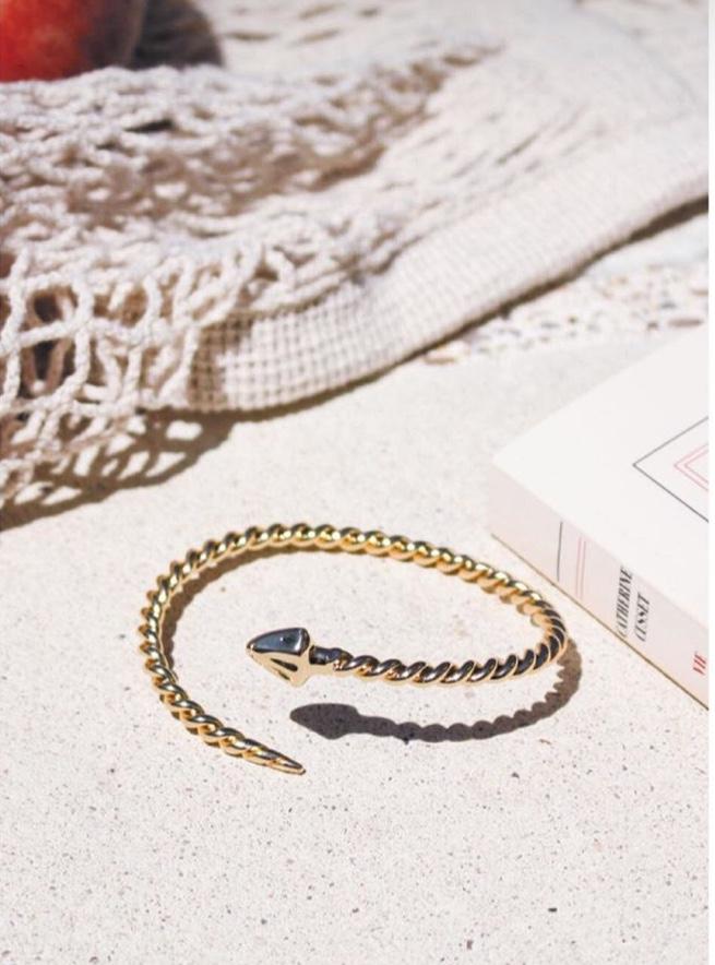 bracelet emma et chloé d'aout 2018