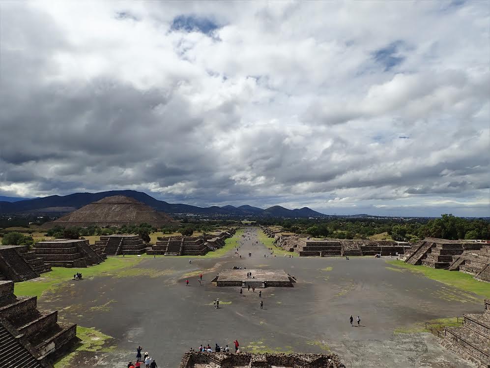 les pyramides et le temple de Teotihuacán